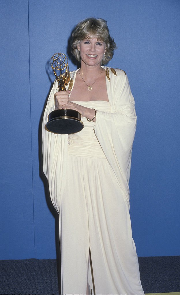 Image Credits: Getty Images / Ron Galella, Ltd./Ron Galella Collection | Sharon Gless and her Emmy