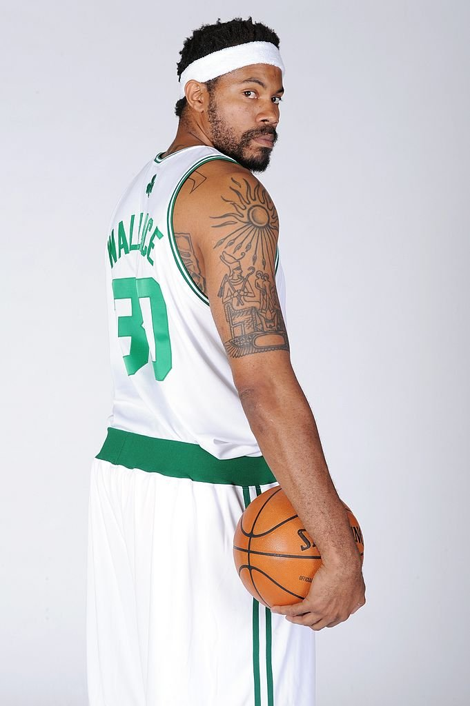 Image Credits: Getty Images / Brian Babineau / NBAE   Rasheed Wallace #30 of the Boston Celtics poses for a portrait during the 2009 NBA Media Day on September 28, 2009 at Healthpoint in Waltham, Massachusetts.