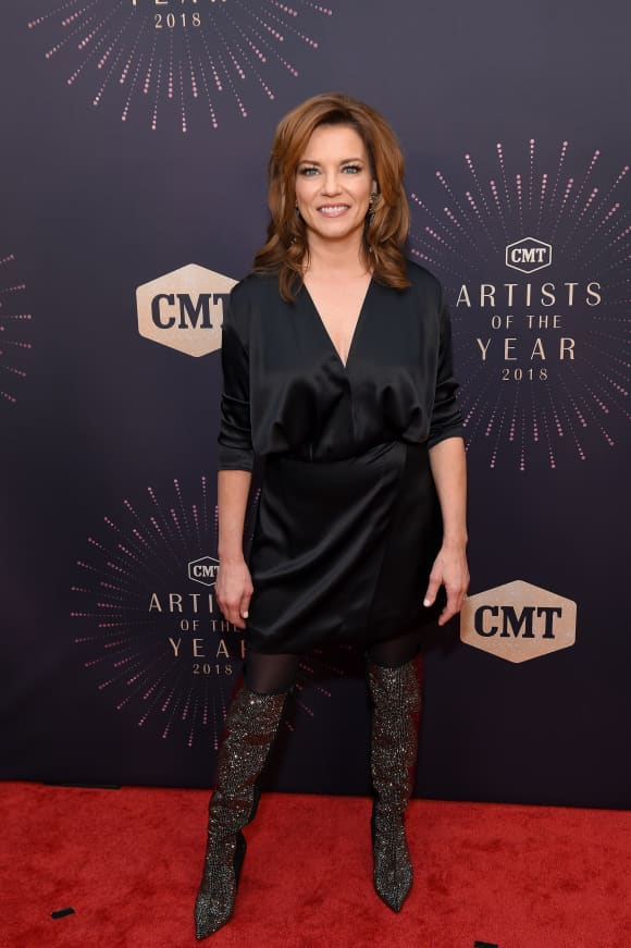 Image Credits: Getty Images | The country singer was awarded CMA Female Vocalist of the Year in 1999