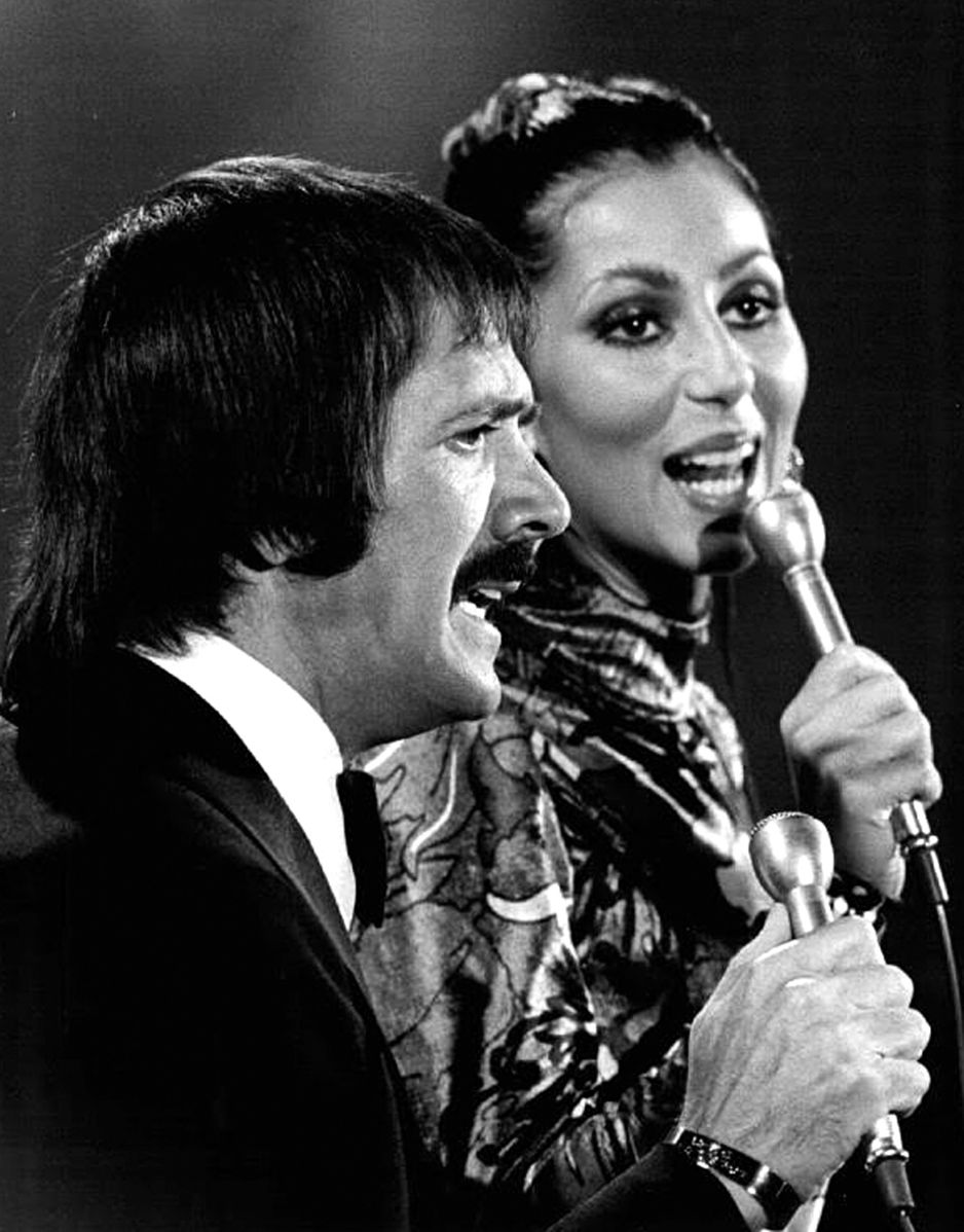 Image Source: Wikimedia Commons/Public Domain/Publicity photo of Sonny and Cher for their TV show.