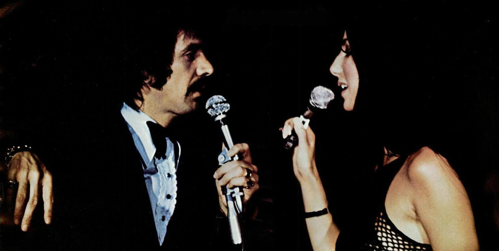 Image Source: Wikimedia Commons/Public Domain/Photo of Sonny and Cher performing live in 1971 from a Kapp Records ad promoting their live album