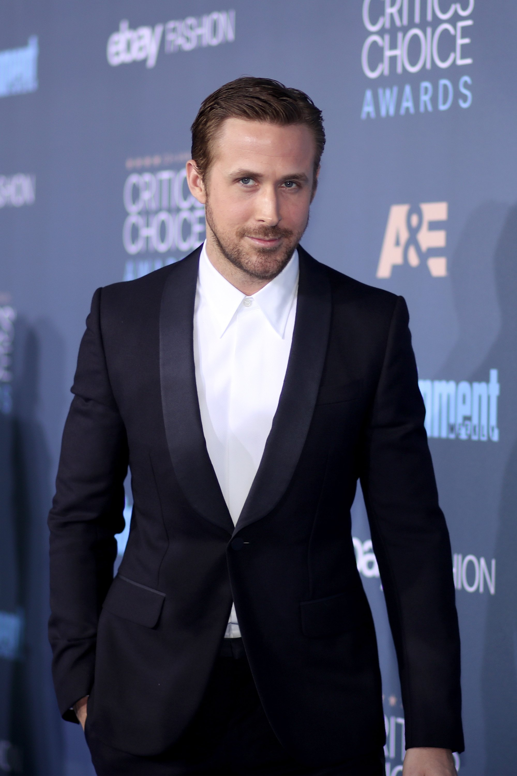 Image Credits: Getty Images / Christopher Polk | Actor Ryan Gosling attends The 22nd Annual Critics' Choice Awards at Barker Hangar on December 11, 2016 in Santa Monica, California.