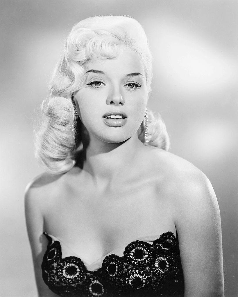 Image Source: Getty Images/Silver Screen Collection | English actress Diana Dors (1931 - 1984), circa 1955.